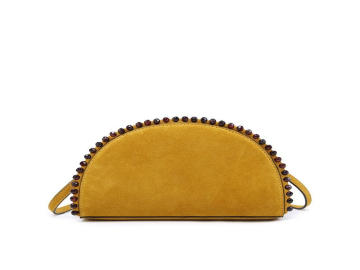 How to choose the right purse for woman?