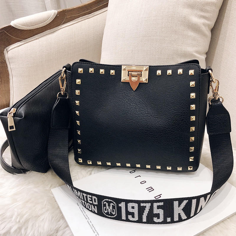 RKY0078 Rivet shoulder bag handbags casual trend big bag wings package soft leather Messenger bag
